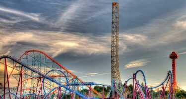 Six Flags Magic Mountain | Online Tickets & Touren Preisvergleich